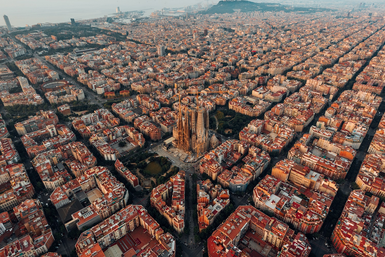 Top 10 plans to make in Barcelona in autumn - Fisa Rentals